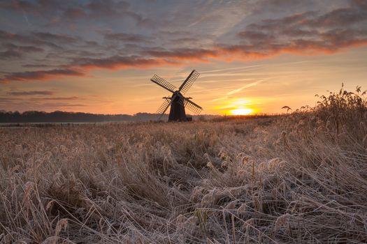 Фото бесплатно облака, ветряная мельница, закат