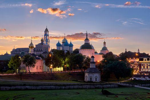 Фото бесплатно города, лучи света, церковь
