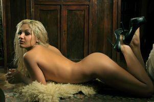 Бесплатные фото Veronika K, модель, красотка, голая, голая девушка, обнаженная девушка, позы