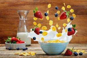 Фото бесплатно завтрак, хлопья, молоко