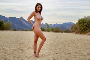 Бесплатные фото Ali Rose,модель,красотка,голая,голая девушка,обнаженная девушка,позы