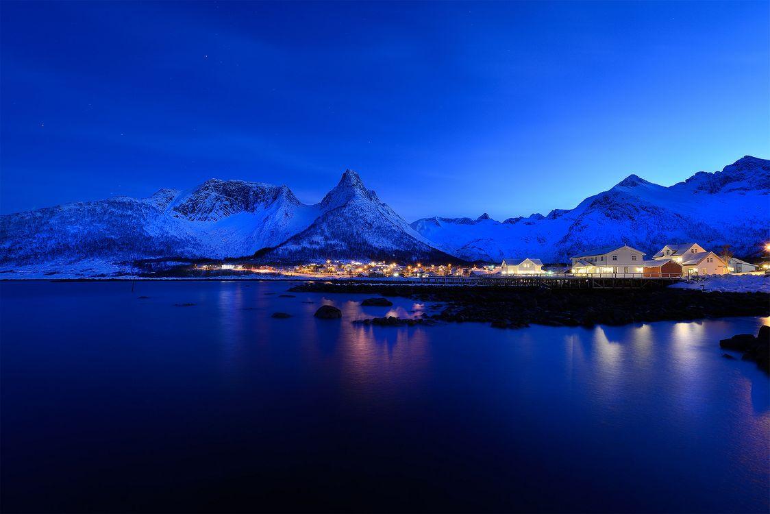 Обои Senja, Norway, ночь, огни, пейзаж на телефон | картинки пейзажи