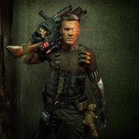 Заставки deadpool 2, кабель, josh brolin, бионика, оружие, боеприпасы, мутант, плюшевые мишки, шрамы, седые волосы, комиксы чуда, мертвый