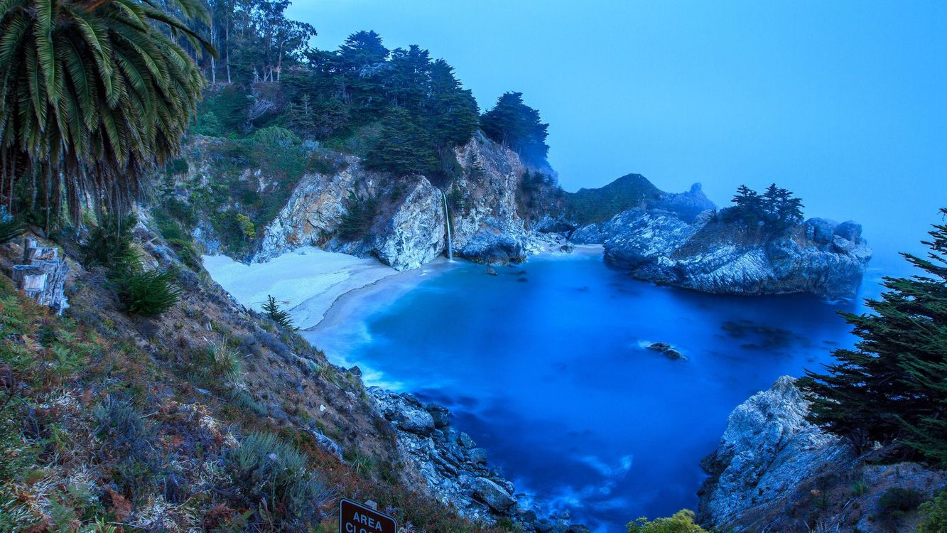 Обои McWay Falls, Big Sur, California, Julia Pfeiffer Burns State Park, McWay Cove Beach, Биг-Сюр, Калифорния, Парк Джулии Пфайфер Берн, закат, водопад, море, берег, пляж, пейзаж на телефон | картинки пейзажи - скачать