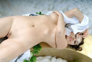 Фото бесплатно Paloma, Mia, Mia A, Mia B, модель, красотка, голая, голая девушка, обнаженная девушка, позы, поза, сексуальная девушка, эротика
