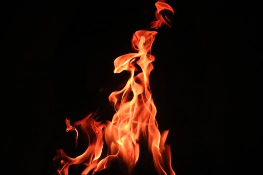 Photo free bonfire, dark background, fire