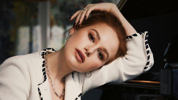 Photo free Madelaine Petsch, celebrities, girls