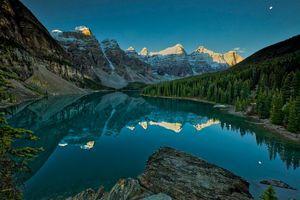 Бесплатные фото Альберта,Banff,Canada,облака,Озеро Морейн,гор,лето