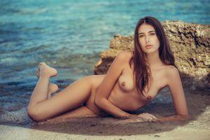 Бесплатные фото Katrine Pirs,модель,красотка,голая,голая девушка,обнаженная девушка,позы