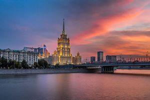Бесплатные фото Гостиница Рэдиссон Ройал,Новоарбатский мост на закате,Москва,Россия