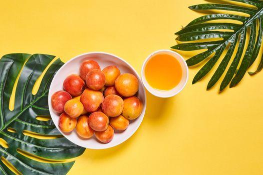 Photo free food, juice, apricot