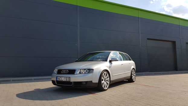 Photo free audi, front view, silver
