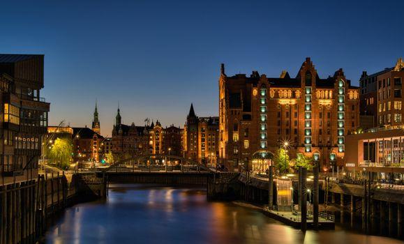 Фото бесплатно города, лучи света, гамбург