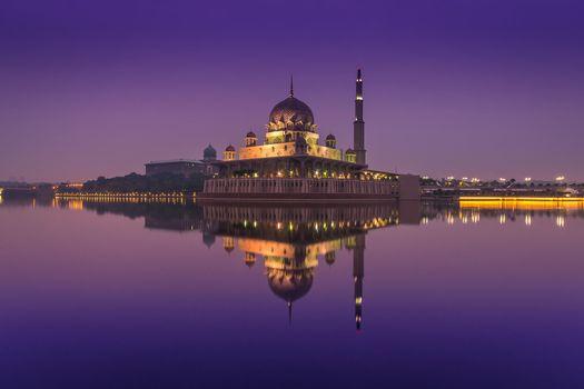 Фото бесплатно Путраджайская мечеть, Куала-Лумпур, Малайзия