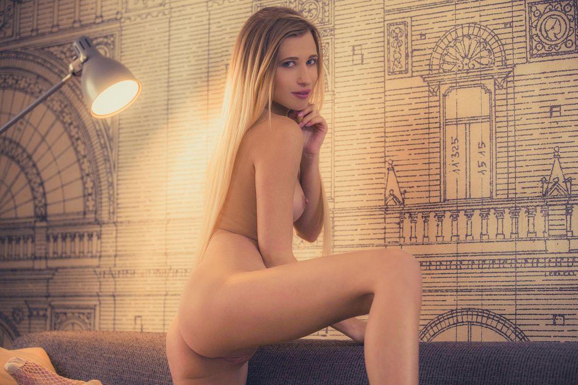 Фото бесплатно lisa рассвет, сексуальная девушка, взрослая модель, загорелая, задница, сиськи, соски, киска, эротика