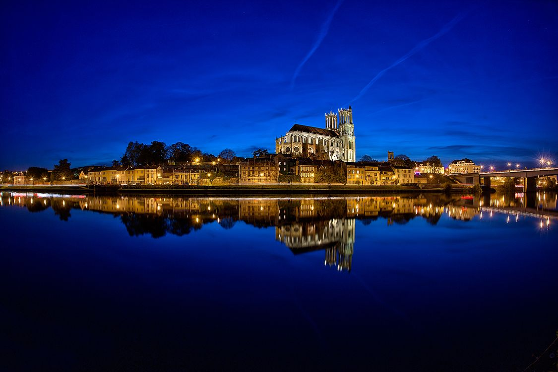 Фото река Сена ночью Париж Франция - бесплатные картинки на Fonwall
