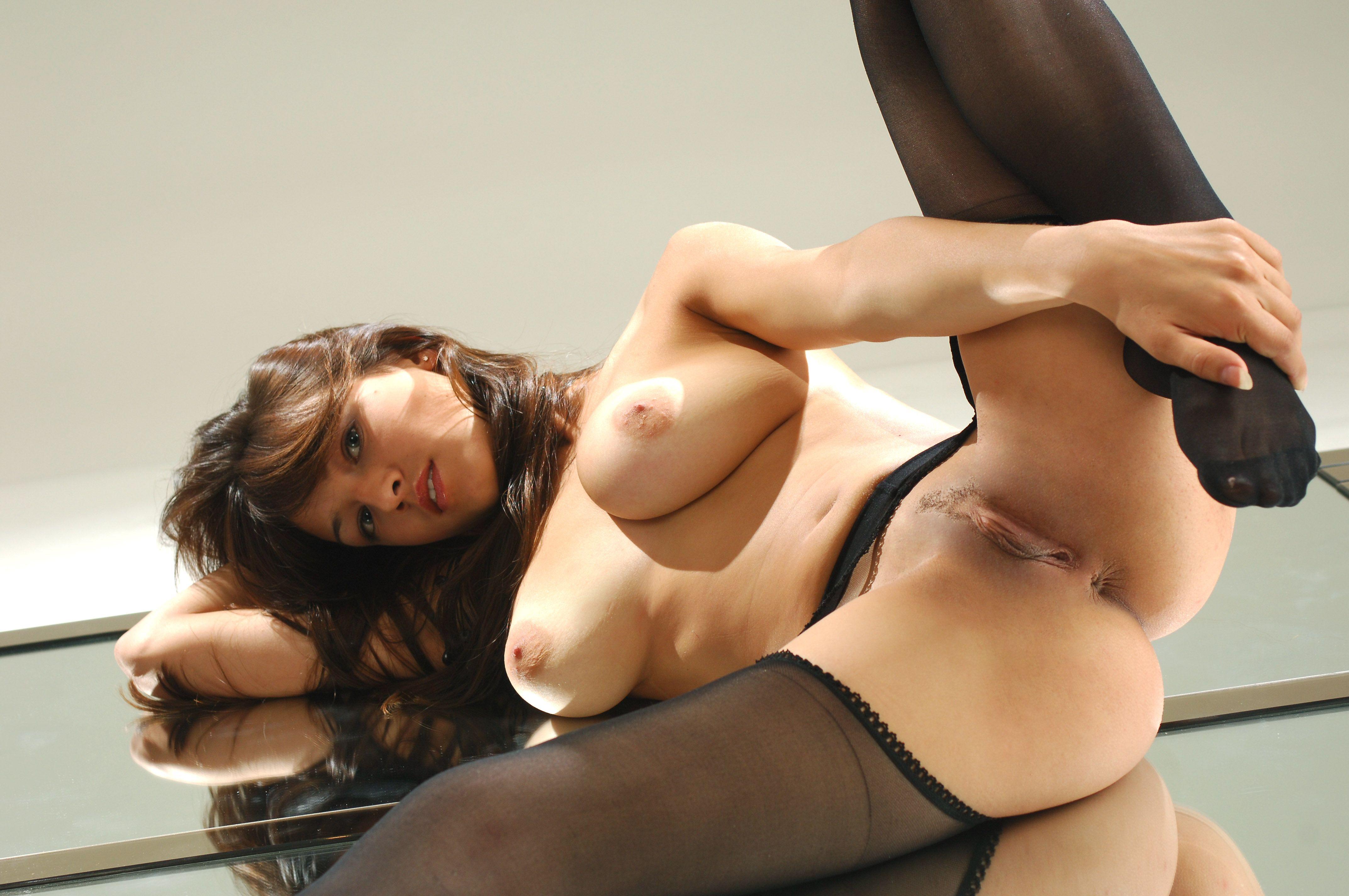 фото голых жен в разных позах - 6