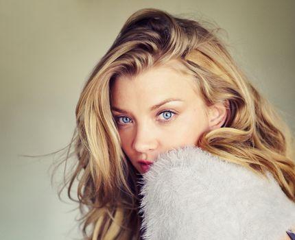 Photo free Natalie Dormer, actress, face portrait
