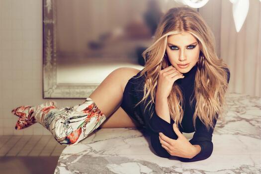 Photo free Charlotte Mckinney, model, celebrities