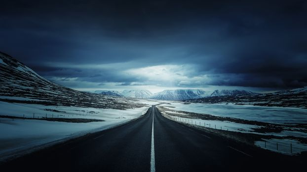 Photo free long road, darkness, snow