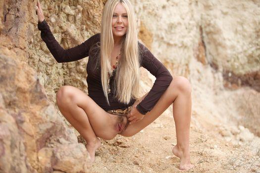 Бесплатные фото Hloya,красотка,голая,голая девушка,обнаженная девушка,позы,поза,сексуальная девушка,модель,эротика