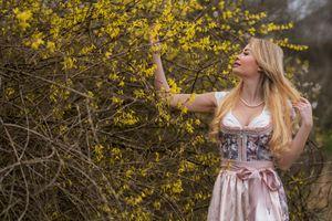 Фото бесплатно руки, волосы светлые, девушки