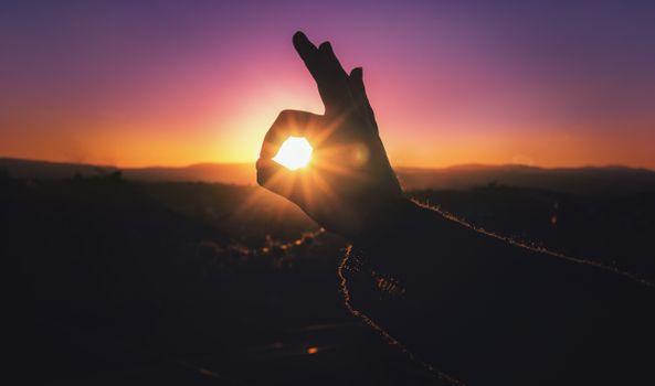 Photo free hands, light, fingers