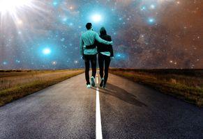 Бесплатные фото парень,девушка,пара,дорога,сияние,свечение,небо