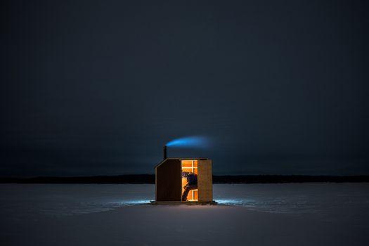 Фото бесплатно люди, ночь, пейзаж, один, лед, ледовая рыбалка