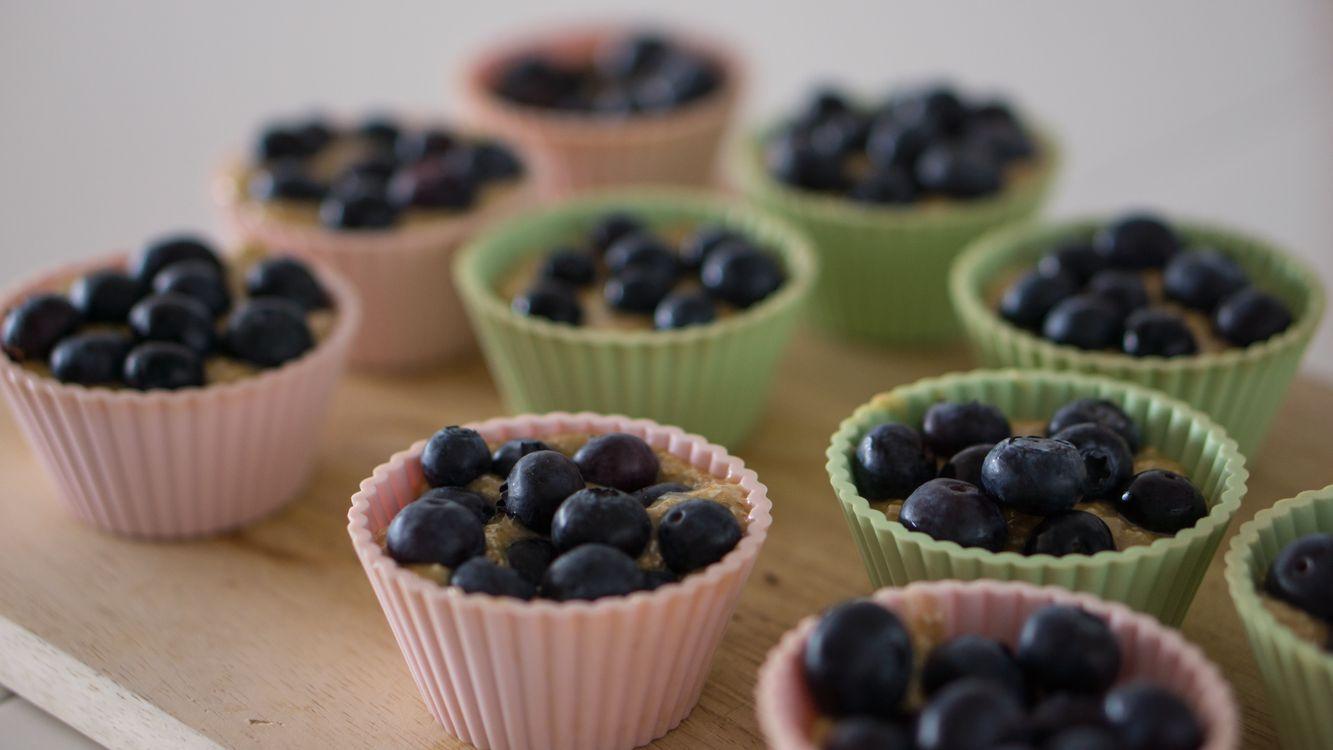 Фото бесплатно выпечка, кексы, ягоды, черника - на рабочий стол