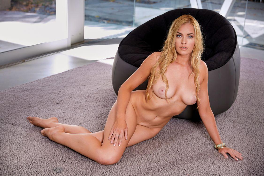 Фото бесплатно Bailey Rayne, модель, красотка, голая, голая девушка, обнаженная девушка, позы, поза, сексуальная девушка, эротика, PLAYBOY, PLAYBOYPLUS, sexy girl, nude, naked, эротика