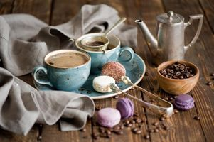 Фото бесплатно vintage, coffee, cups, macarons, wide