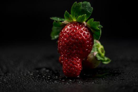 Обои клубника,ягоды,свет,макро,strawberry,berry,light,close,up