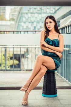 Фото бесплатно ноги девушки, азиатское платье, ноги