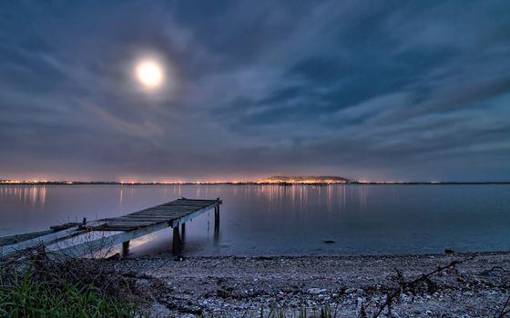 Фото бесплатно ночь, луна, огни