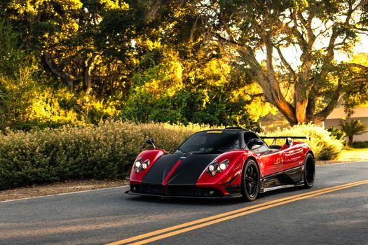 Photo free coupe, Pagani Zonda, red car