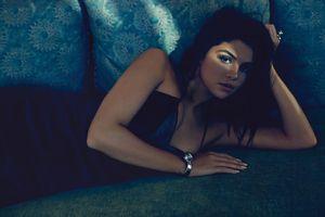 Заставки Selena Gomez, диван, платье