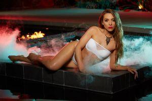 Бесплатные фото Lauryn Elaine,красотка,голая,голая девушка,обнаженная девушка,позы,поза