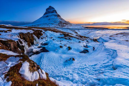 Фото бесплатно Kirkjufellsfoss Waterfall, Исландия, Водопад Киркьюфетль