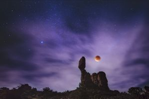 Photo free planet, starry sky, rock