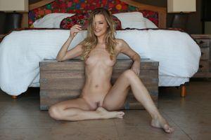 Фото бесплатно Olivia Preston, бритая киска, сексуальная девушка
