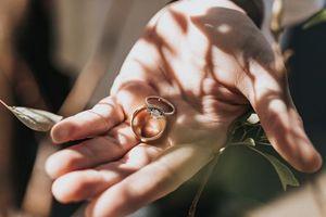 Фото бесплатно свадьба, кольца, руки
