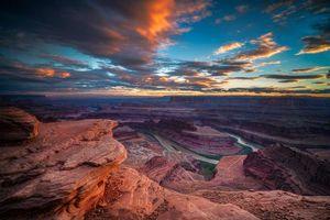 Бесплатные фото Dead Horse Point State Park,Utah,закат,горы,скалы,река,пейзаж