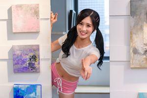 Photo free smile glance, girls smile, brunette girl