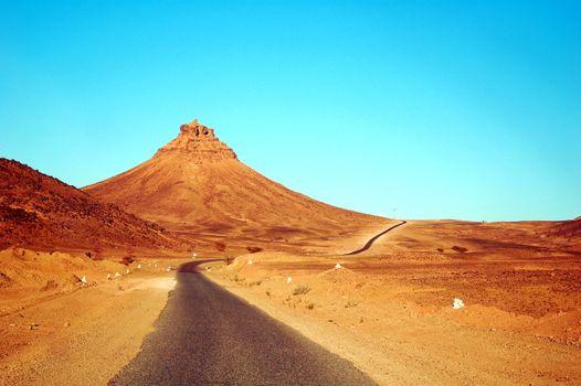Photo free mountains, serene, road
