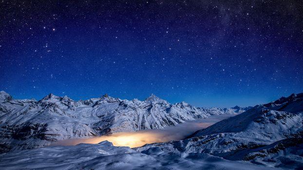 Фото бесплатно зима, горы, свечение