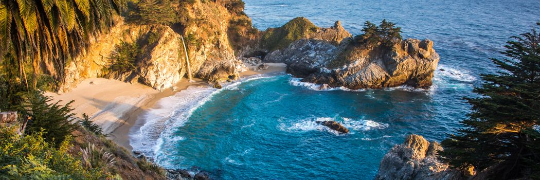 Photo free waterfall, Big Sur, McWay Cove Beach