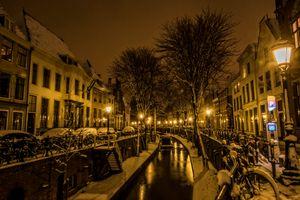 Бесплатные фото Утрехт,Нидерланды,ночь,ночные города,город,фонари,дома