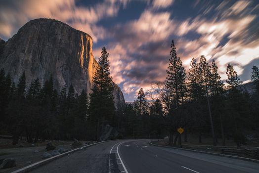 Фото бесплатно поворот, деревья, скалы