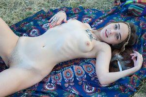 Бесплатные фото Elis, модель, красотка, голая, голая девушка, обнаженная девушка, позы